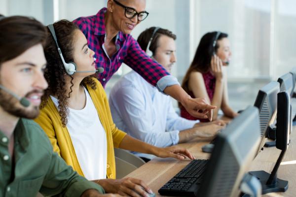 customer service contact center software